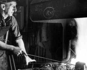 Blacksmith Jack Capps c1940s.jpg