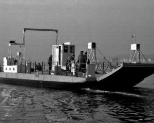 FAASL008crop-A252 DE Ferry Jan4 56.jpg