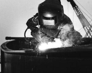 Welding Boston Comet 1960s 1.jpg