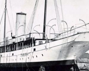 ALDOUS steam yacht c 1939.jpg