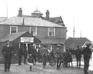 8 WatersideCafe Floods1925ish.jpg